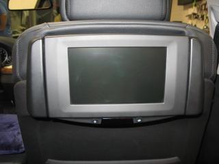 Развлекаткльная система для задних пассажиров