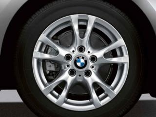 Комплект летних колес V-Spoke 255 R16 для BMW 1 серии E81/E87/E82/E88