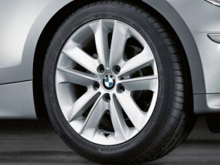 Комплект летних колес V-Spoke 141 R17 для BMW 1 серии E81/E87/E82/E88
