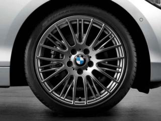 Комплект летних колес Radial Spoke 388 R18 для BMW 1 серии F20/F21 и 2 серии F22/F23