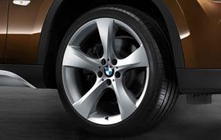 Комплект летних колес Star Spoke 311 R19 для BMW X1 E84