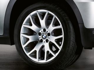 Комплект летних колес Cross Spoke 177 R20 для BMW X5 E70