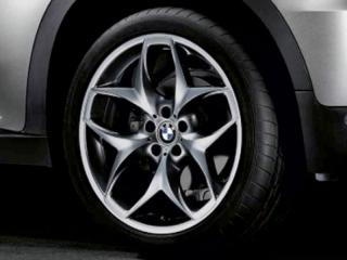 Комплект летних колес Double Spoke 215 R21 для BMW X5 E70