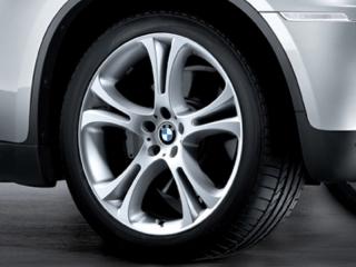 Комплект летних колес Star Spoke 275 R21 для BMW X5M E70 и BMW X6M E71